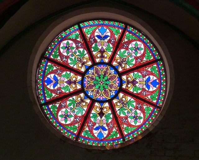 church-window-515229_640